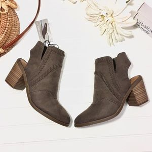 NEW Ortholite Woven Suede Heeled Ankle Boots